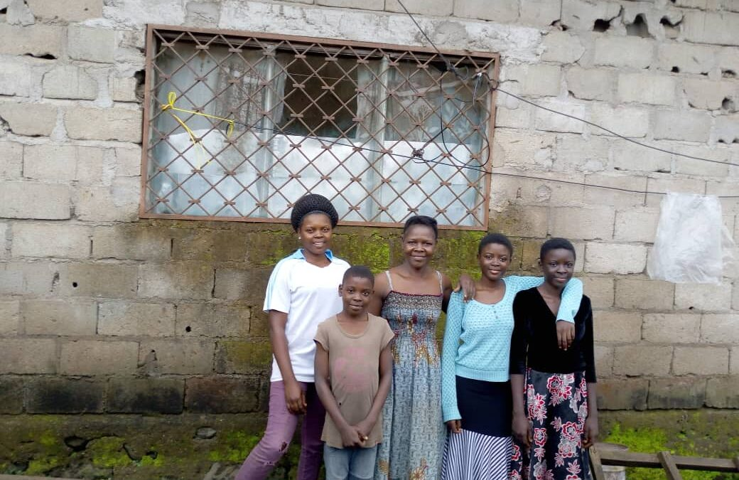 Mami Mazion Gets Windows for Her House Thanks to Her Back Yard Piggery
